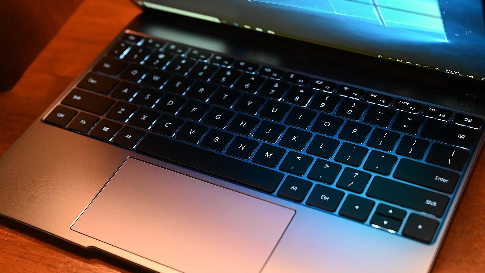 Illustration for article titled El nuevo Huawei MateBook 13 es un ataque muy duro al trono del MacBook Air