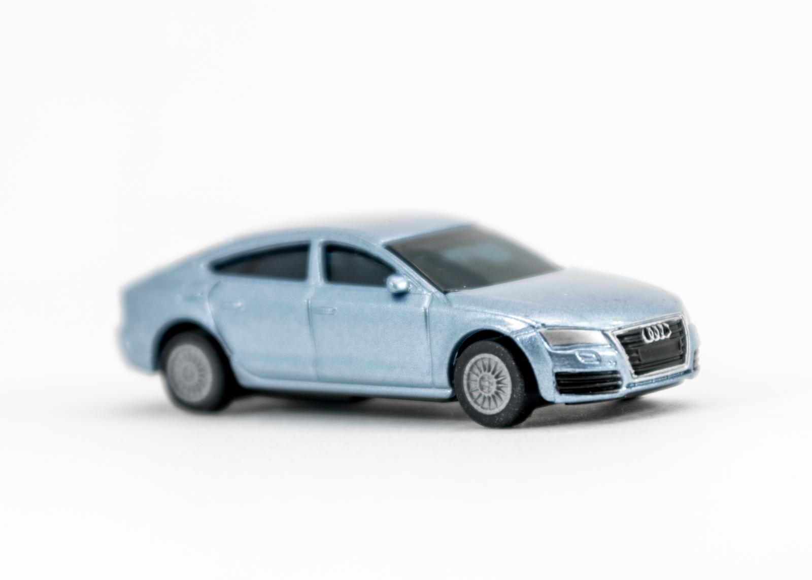 (6) Audi A7 Sportback