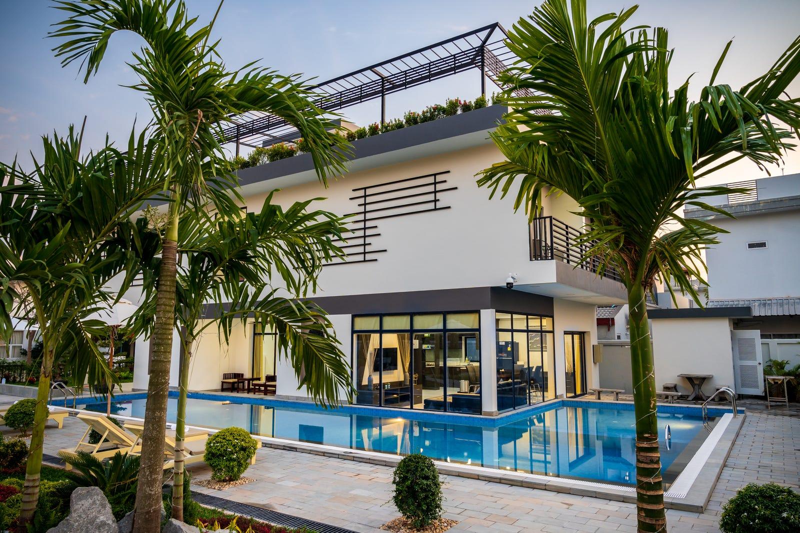 King Villa 1955 | Luxury Holiday Home