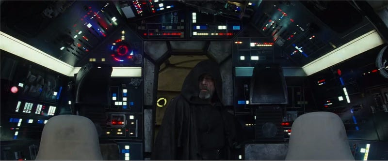 New Last Jedi trailer has a scene that will tug at fans