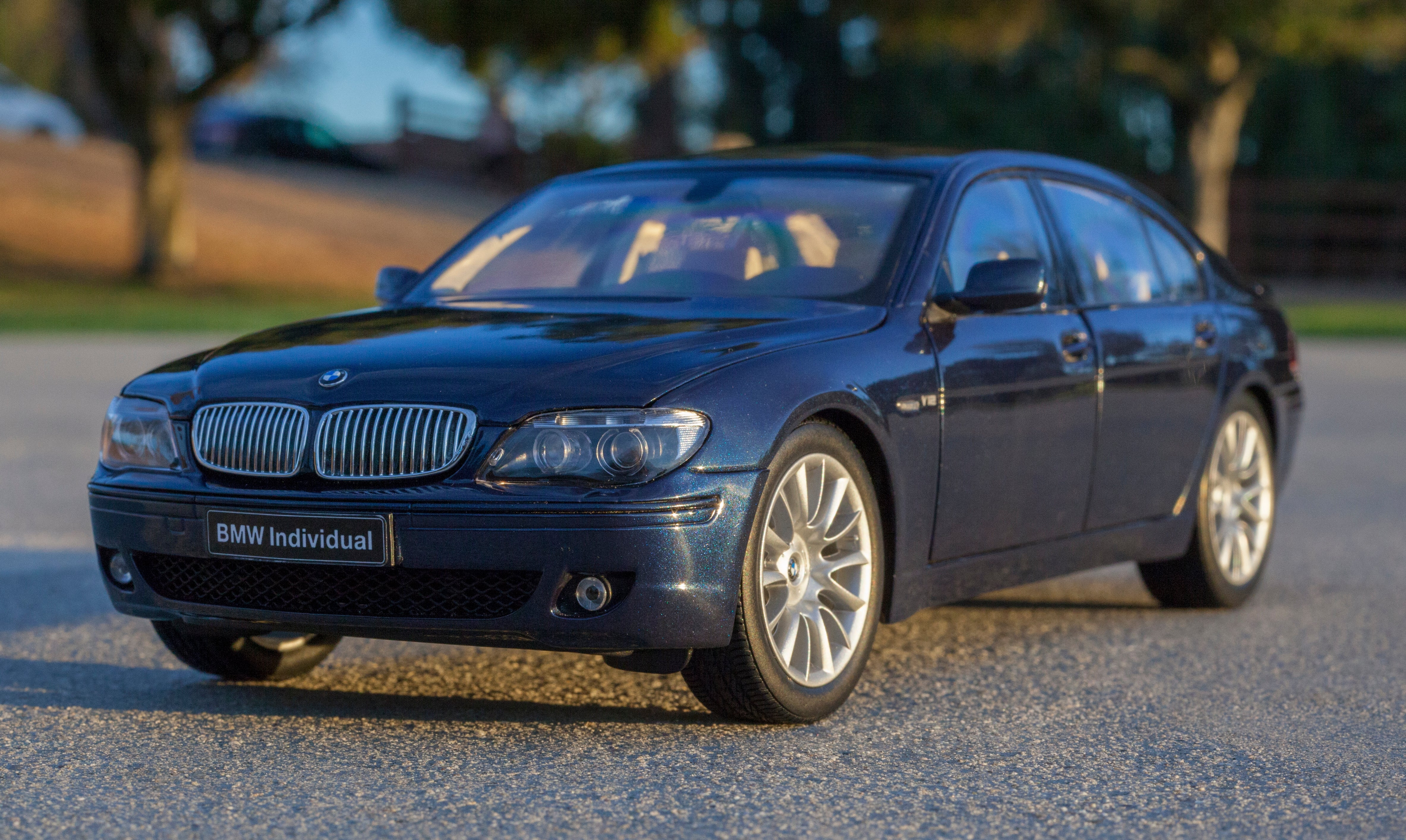 Kyosho 760li Bmw Individual Dx Sedan Coupe