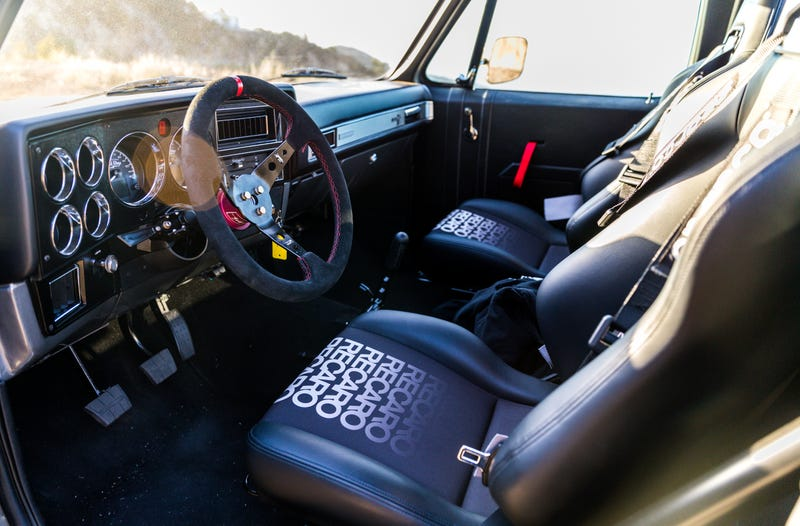 This 640 HP Z06-Swapped 1986 Chevrolet C-10 Pickup Is An
