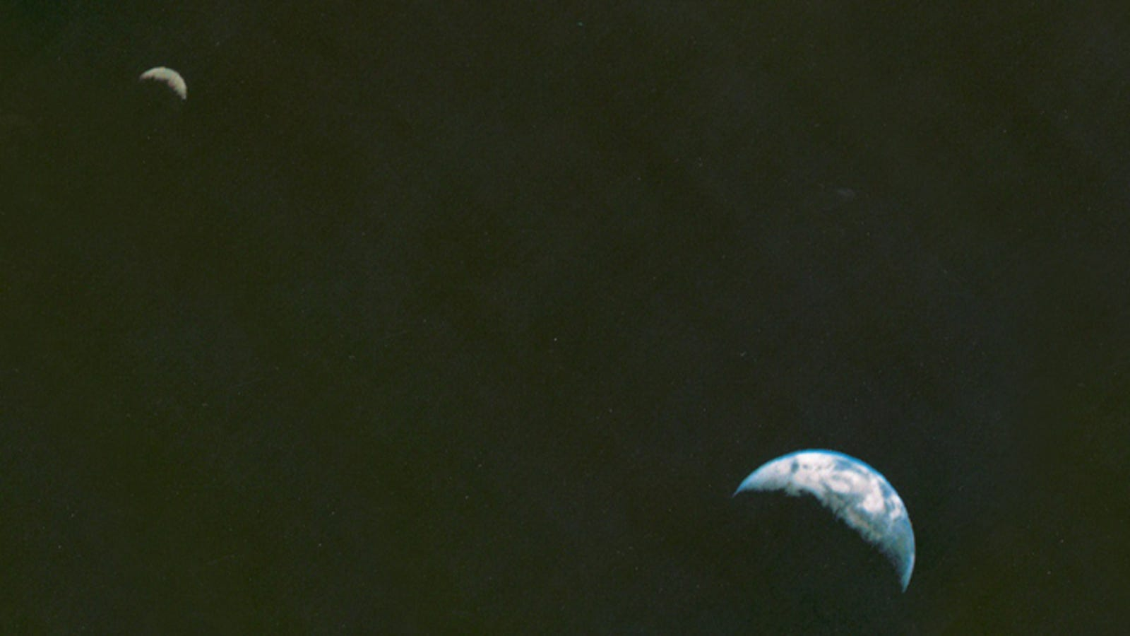 Voyager's Iconic Shot of Earth and Moon Shows How Far Space Photography Has Come