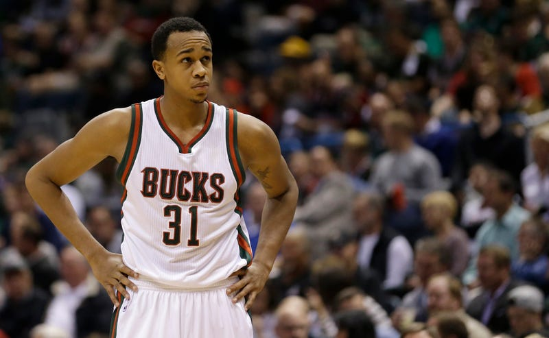 """Illustration for article titled 911 Call: Employee Told Cops: """"I Don't Feel Comfortable"""" Letting John Henson In Store"""