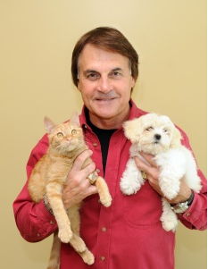Illustration for article titled Tony La Russa Wisely Drops His Lawsuit Against Twitter
