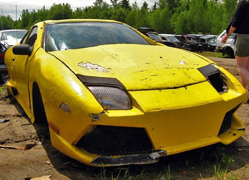 Illustration for article titled Pontiac Sunfire-Based Fake Lamborghini Ends Up In Junkyard