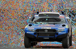 Illustration for article titled Gallery: 2010 Dakar Rally Argentina