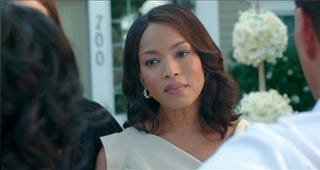 """Angela Bassett stars in """"Jumping the Broom"""" (Sony Pictures)"""