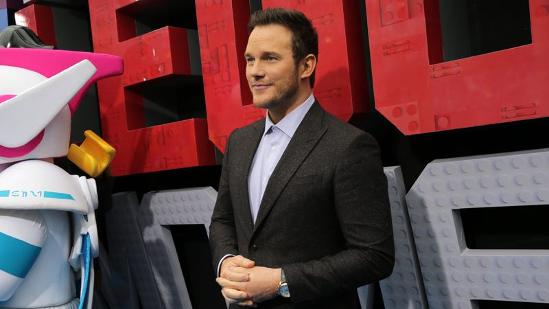 "Illustration for article titled Chris Pratt responds to Ellen Page's criticism of ""infamously anti-LGBTQ"" Hillsong Church"