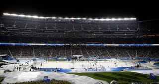 Illustration for article titled Check Out These Gorgeous Photos From The Kings-Sharks Outdoor Game