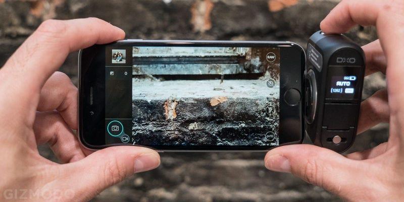 Cámara DxO One 20 MP f/1.8 para el iPhone   $310   Daily Steals   Usa el código KINJACAMFoto: Gizmodo