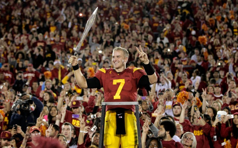 Illustration for article titled Matt Barkley Says He Would Have Been Drafted Before Robert Griffin III