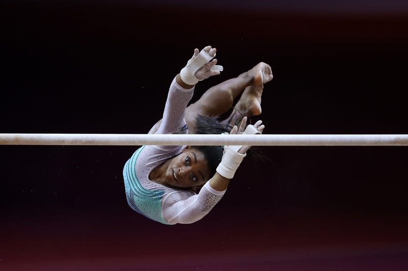 Illustration for article titled How Many Times Can Simone Biles Fall And Still Win Gold?