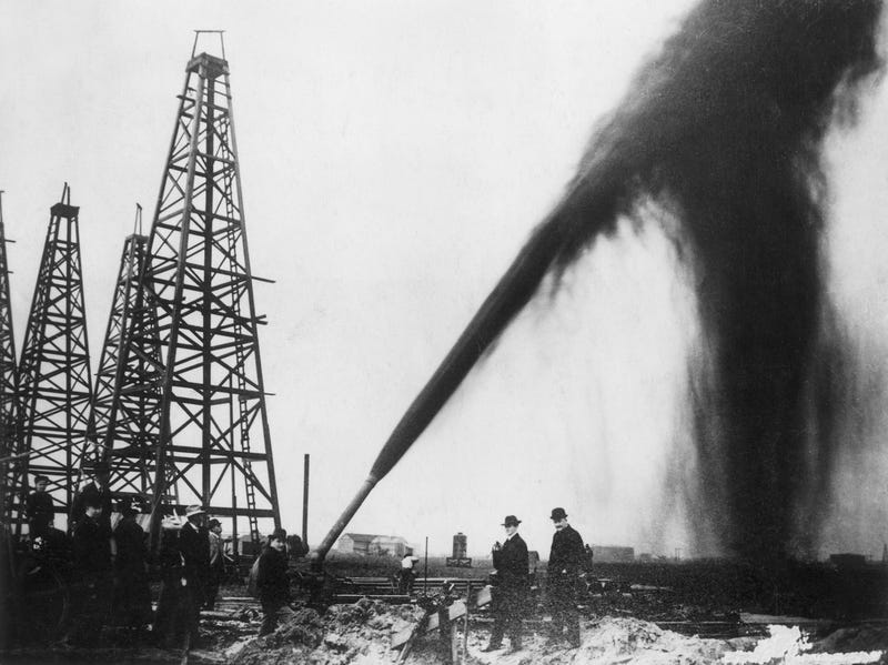 Illustration for article titled We've Been Incorrectly Predicting Peak Oil For Over a Century