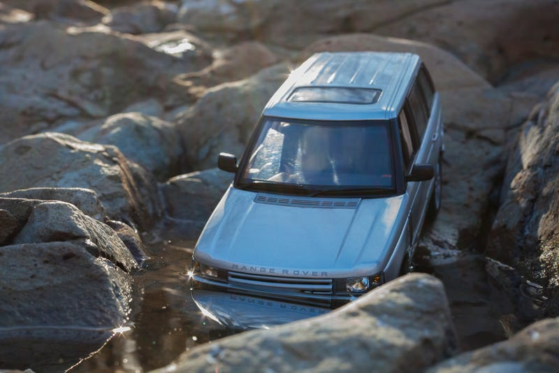 Illustration for article titled LaLD Car Week: Range Rover L322 by Ertl