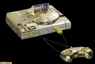 Illustration for article titled Golden Sega Genesis Transforms into Megatron