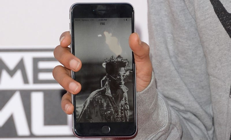 Illustration for article titled Jaden Smith's iPhone Background Is... As You Might Expect