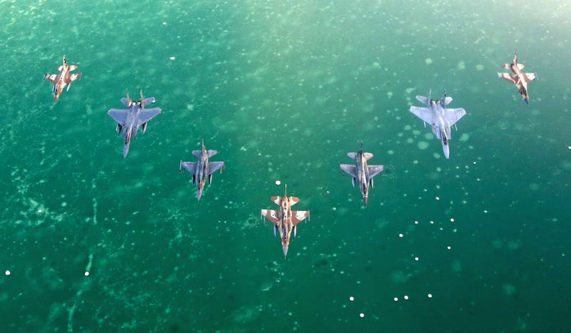 Illustration for article titled Check Out These Stunning Images From Israel's Blue Flag Air Combat Exercise