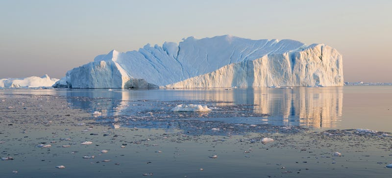 Illustration for article titled Un glaciar expulsa al Océano Atlántico un masivo bloque de hielo de 12'5km2