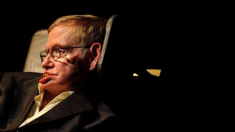 Illustration for article titled El último comentario de Stephen Hawking en Reddit es una inquietante reflexión sobre tecnología y desempleo