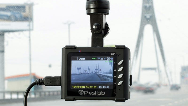 Gopro Dash Cam >> Will a Dash Cam Actually Help You After a Car Accident?