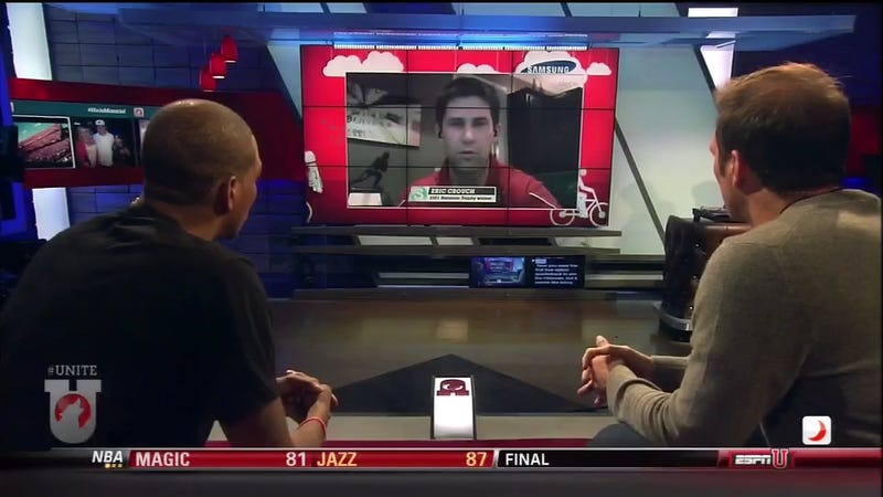 Illustration for article titled Eric Crouch Skypes With His Heisman In The Frame