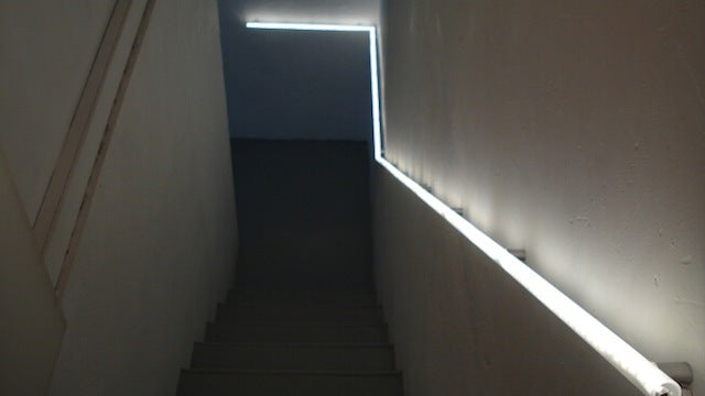 If you have a set of basement stairs with no lighting IKEA Hackers user Denis shows off a way to install a lighted handrail in a small space with a few ... & Create a Glowing Handrail to Guide You Down the Stairs