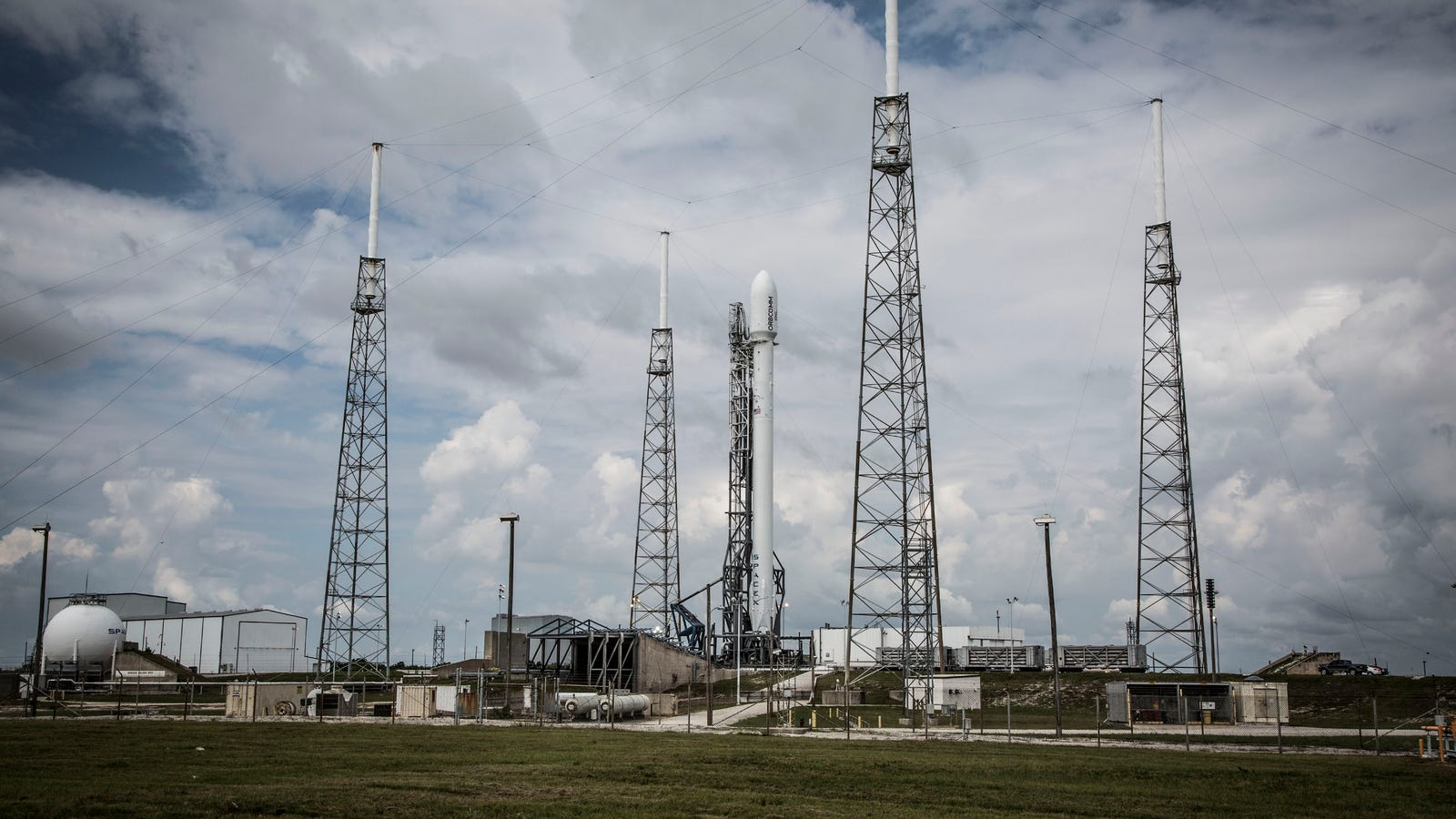 Watch the SpaceX Falcon 9 Launch Live