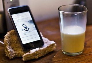 Illustration for article titled iPhone Dock Made From Bread Kills That Meme