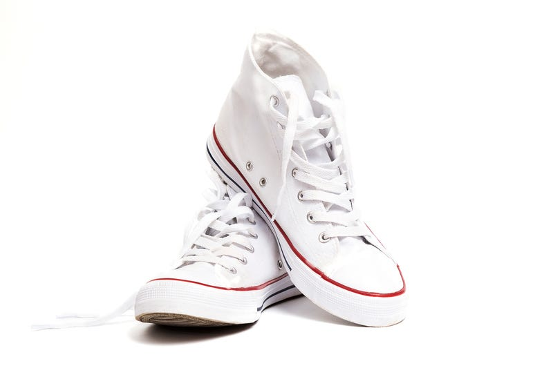 Illustration for article titled Are White Sneakers Worth the Trouble? (An Important Debate)