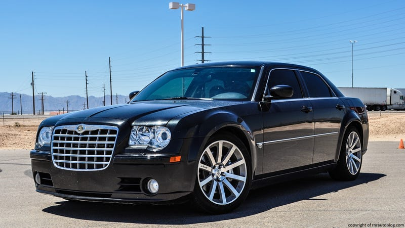 Illustration for article titled How do you guys feel about the 300 SRT8?