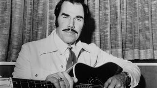 Illustration for article titled Slim Whitman, Singer of Eerie Cowboy Ballads, Dead At 90