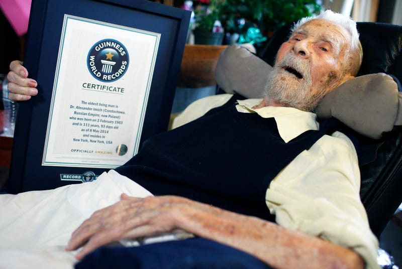 Illustration for article titled Meghalt a világ legidősebb férfija, 111 éves volt