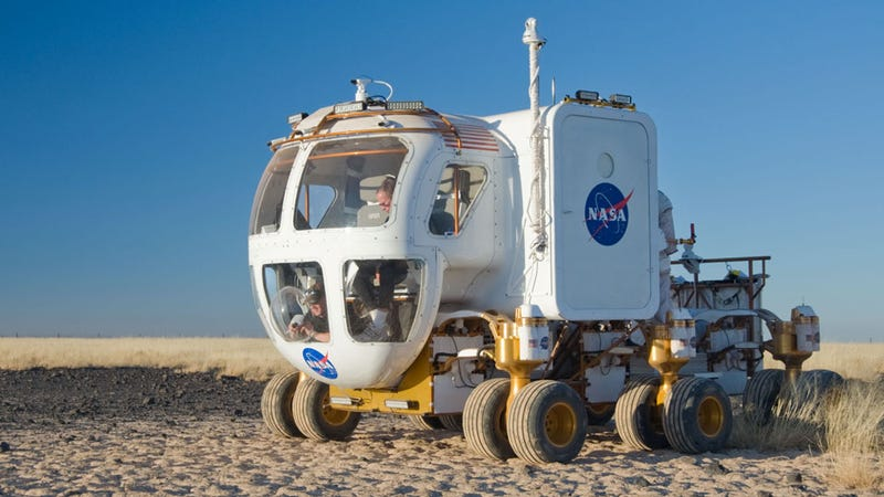 astronaut traveling space vehicle - photo #44