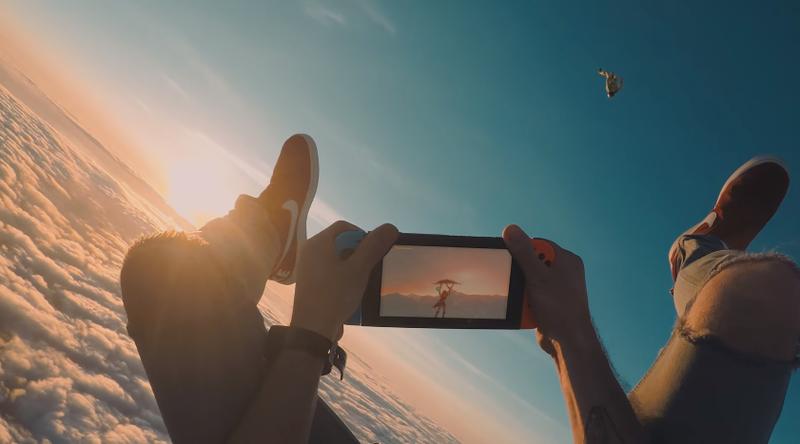 Illustration for article titled Fans Take Nintendo Switch Skydiving, Make Rad Trailer