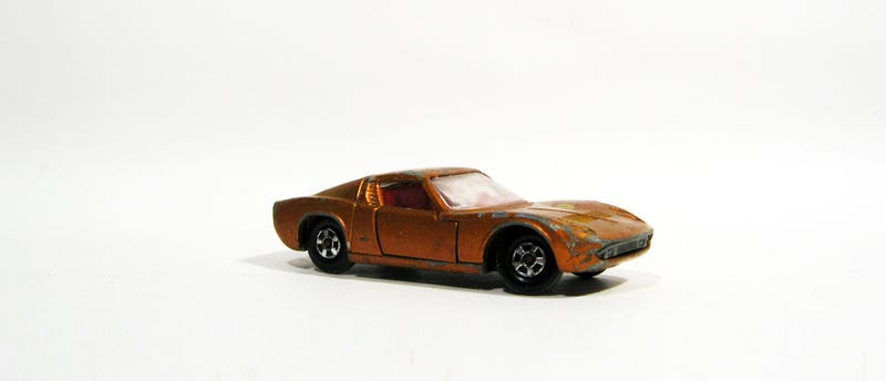 Illustration for article titled Matchbox Miura Monday