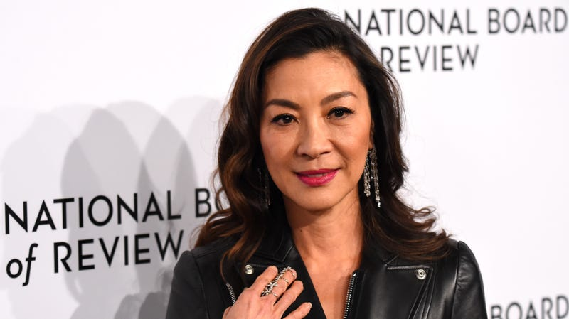 Illustration for article titled CBS All Access is beaming up a Star Trek: Discovery spin-off series with Michelle Yeoh