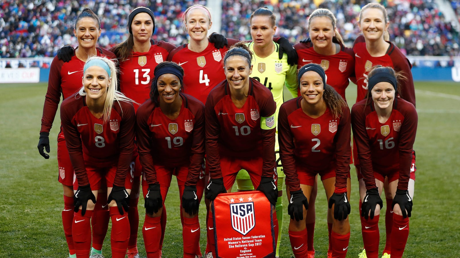 d4036887289 USWNT Pries Key Concessions From U.S. Soccer
