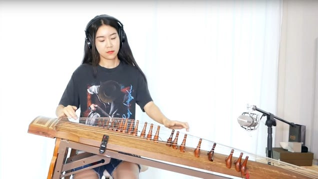 """Watch this young musician shred """"Voodoo Child"""" on a Korean gayageum"""