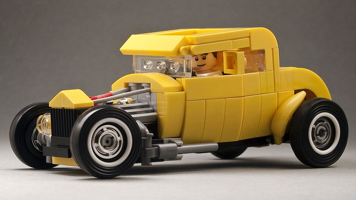 I am bananas about this Lego deuce coupe