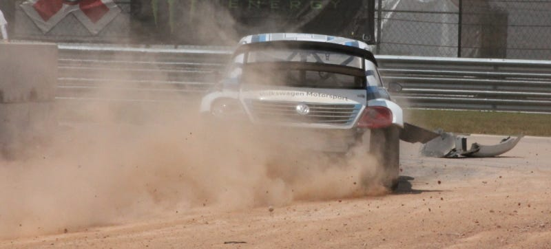 Illustration for article titled Battered Rallycross Volkswagen Finally Looks Like An Off-Road Volkswagen