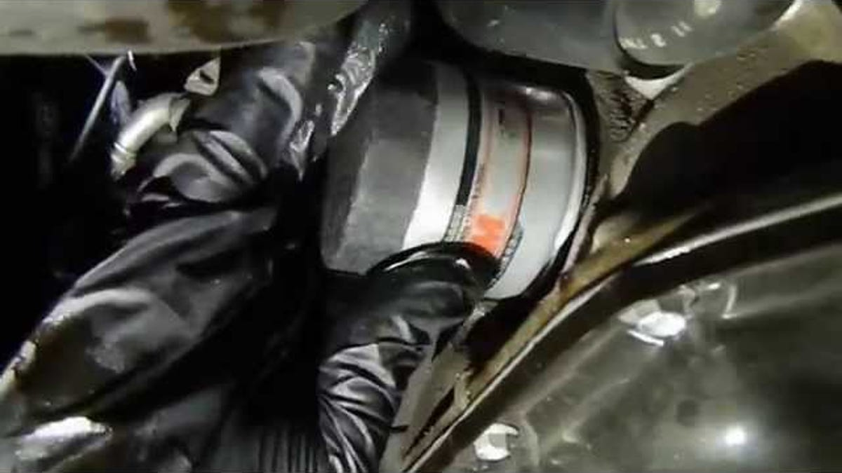 How to change your cars oil solutioingenieria Gallery