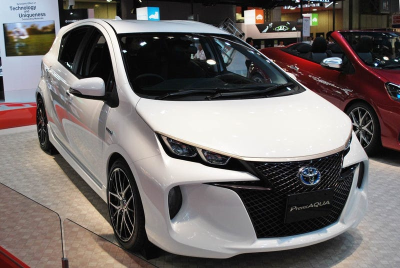 Illustration for article titled Toyota Prius PremiAQUA