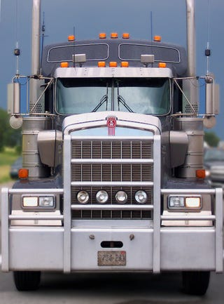 Illustration for article titled Truckers Slowing Down As Diesel Tops $4 Per Gallon