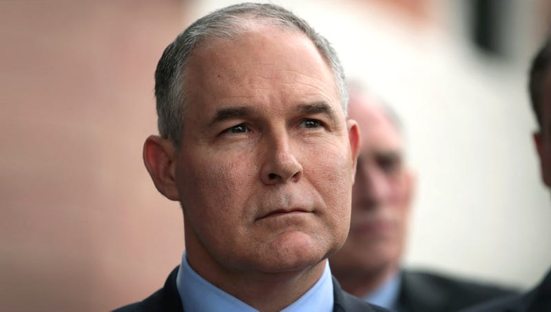 Illustration for article titled Scott Pruitt Orders EPA Employees To Stay In Office Over Weekend While It's Being Fumigated