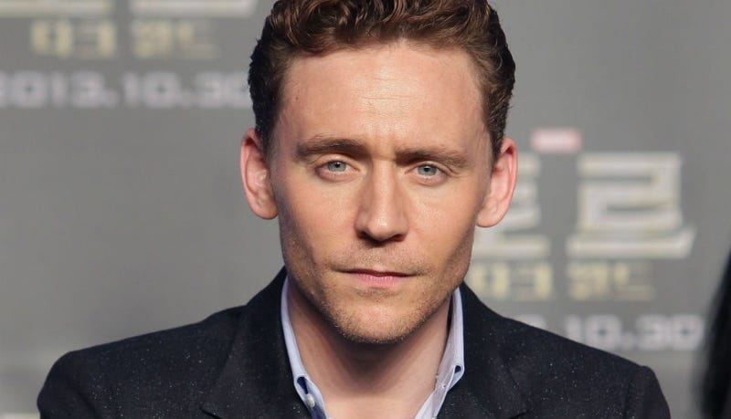 Illustration for article titled FINALLY VINDICATION: Tom Hiddleston Voted Actual Sexiest Man Alive