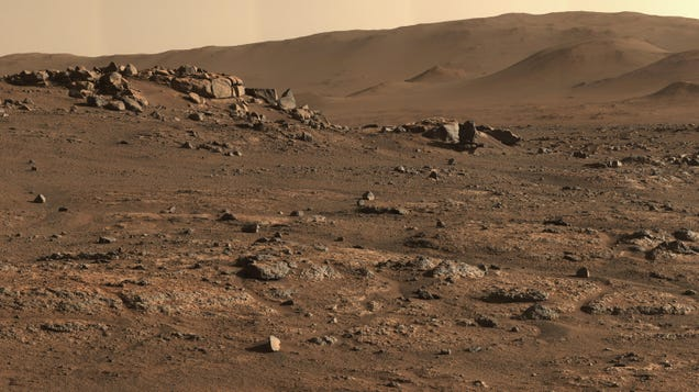 NASA Details Next Steps After Mars Rover s Attempt to Collect Rock Goes Awry