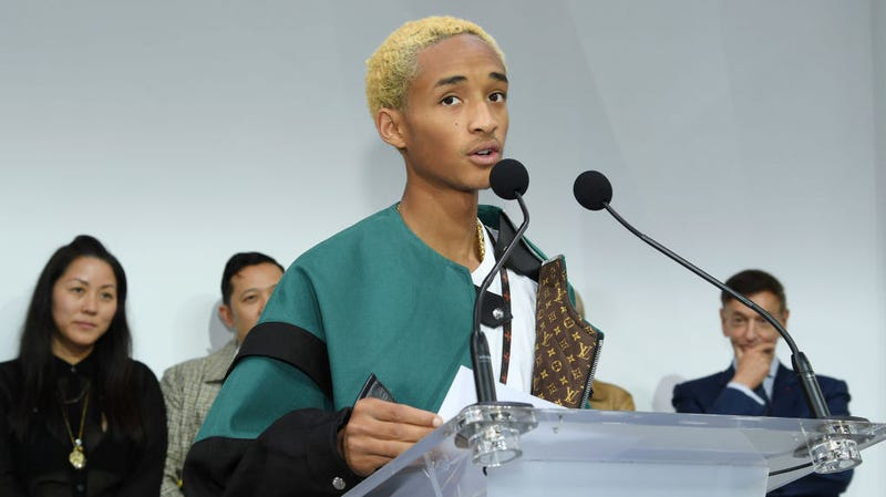 Illustration for article titled Jaden Smith descends from the heavens to explain some of his most baffling tweets