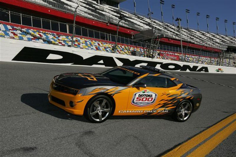 Illustration for article titled 2010 Chevy Camaro: Official Daytona 500 Pacecar