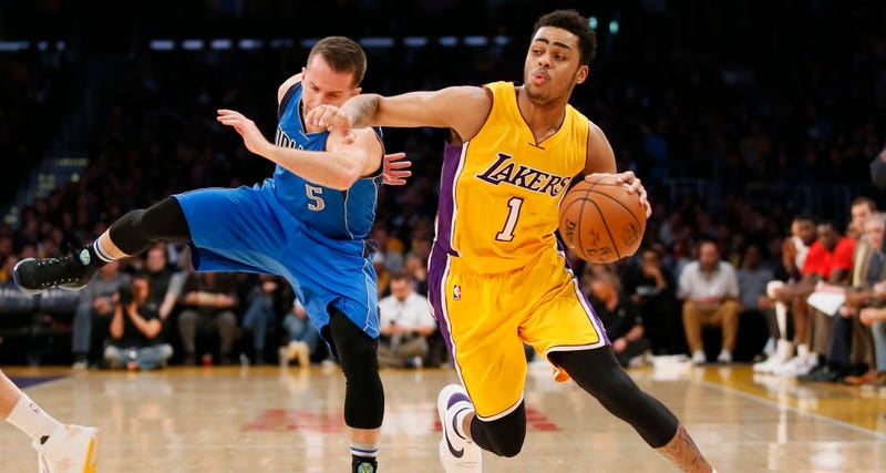"""Illustration for article titled D'Angelo Russell On Criticism Of His Rough Rookie Season: """"Jesus Still Gets Criticized"""""""